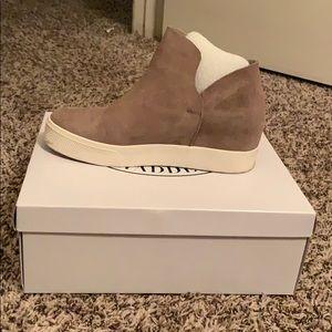 Steve Madden Shoes - Steve Madden shoes in box